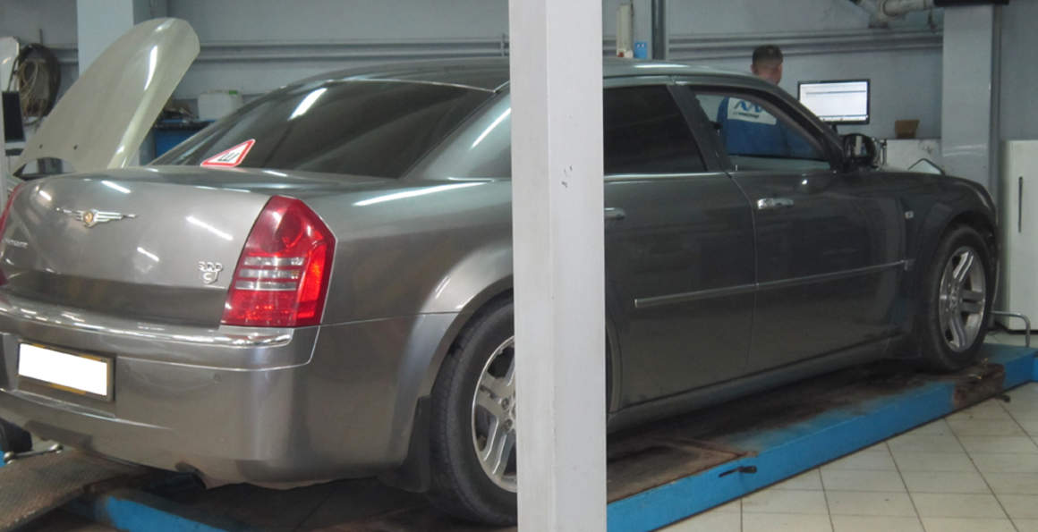 Сход-развал Chrysler 300C